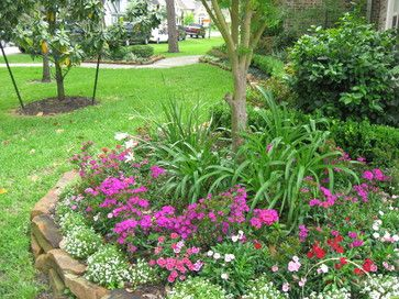 Houston Landscape Design Ideas Pictures Remodel And Decor Landscape Design Front Yard Landscaping Front Yard