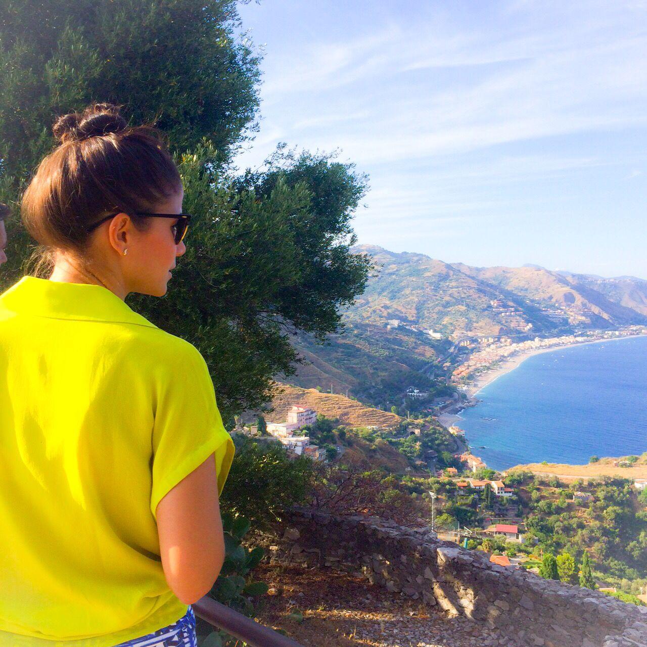 Good morning Taormina!! Who's down for a late morning walk with this epic view? #walkingandwinetasting   www.experiencetaormina.com
