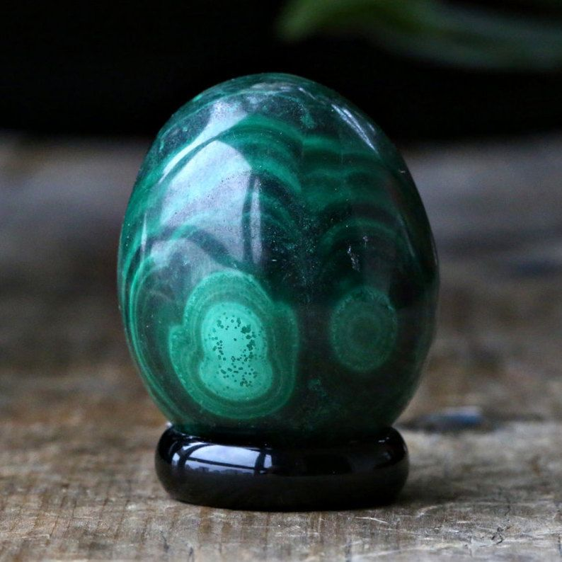 Malachite 36 mm Crystal Egg by PACIFICMINERALS on Etsy