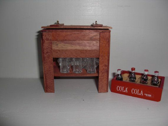 Dollhouse Miniature Ice Chest with Six Mugs and by weewoodshoppe, $38.00