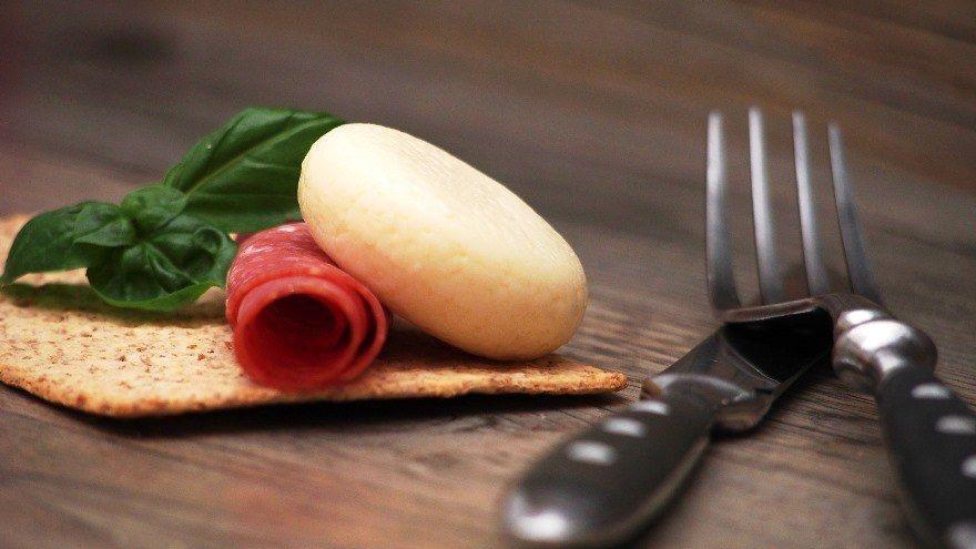 Nevera o congelador: ¿Cuántos días se conserva bien la carne?