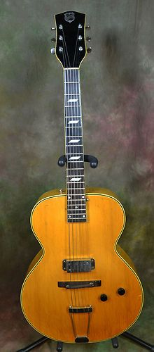 1941 National New Yorker archtop guitar, no F - holes