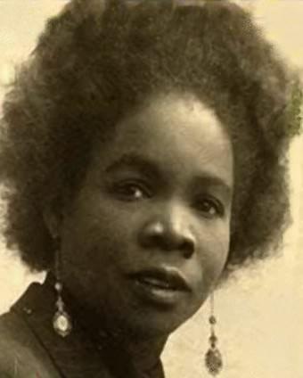 Darling Legitimus Est Une Actrice Francaise Nee Mathilda Marie Berthilde Paruta Le 21 Novembre 1907 Au Carbet En Martini Actrice Martinique Actrice Francaise