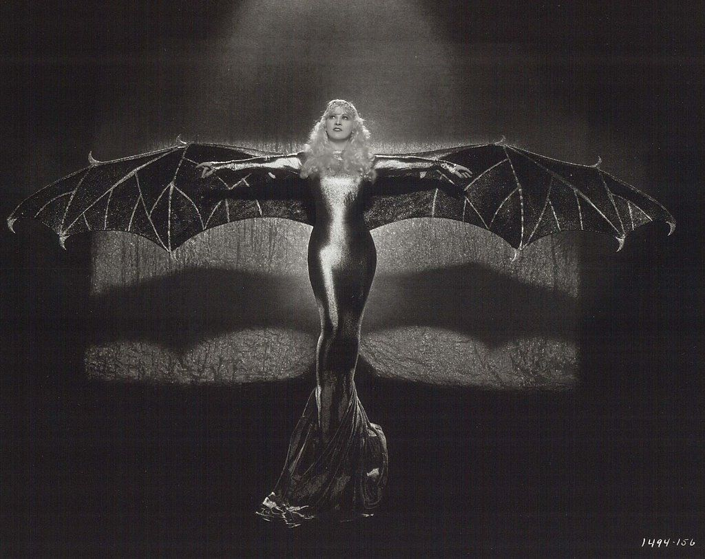 Mae West a la Chauve Souris Douree (the gilded bat by Edward Gorey)