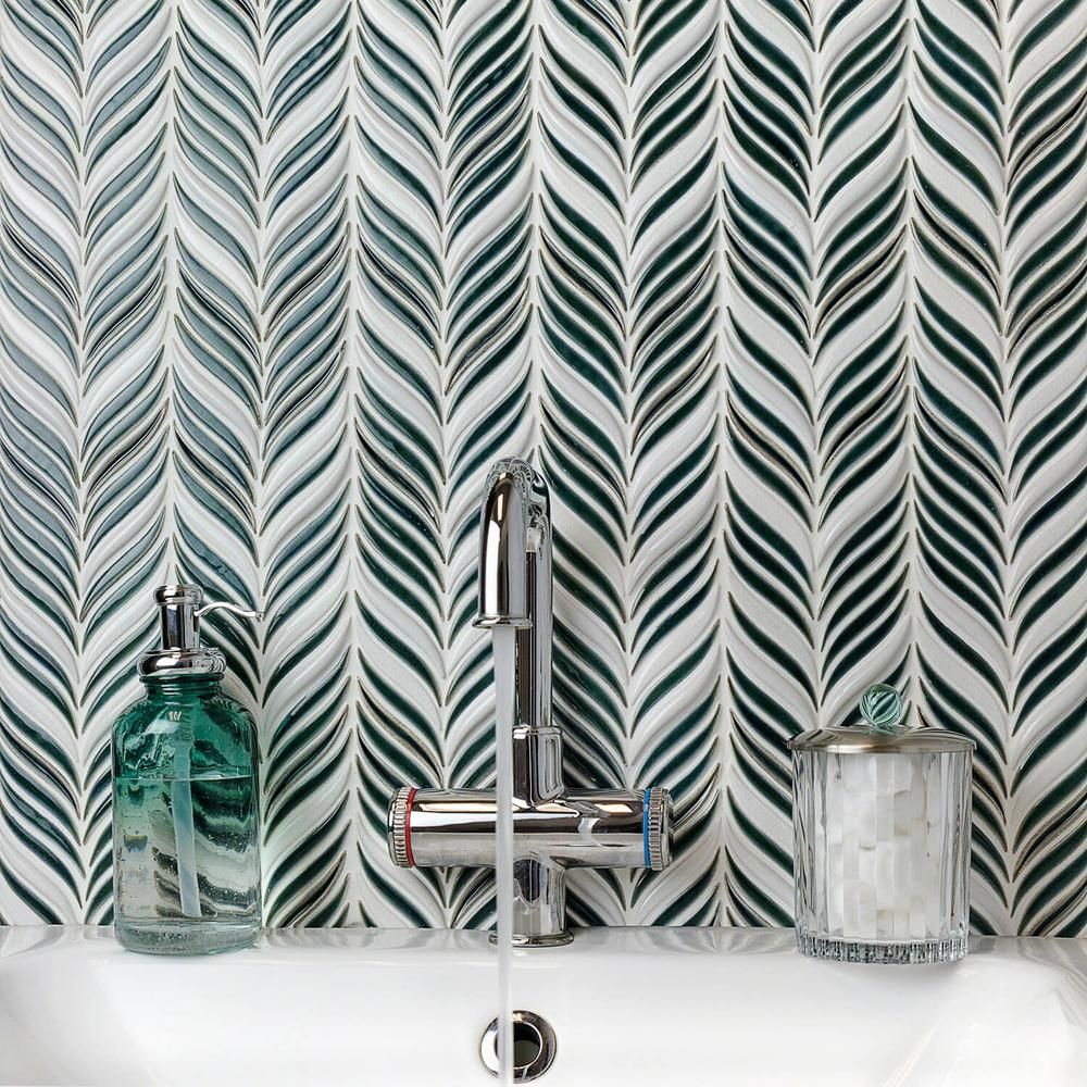 Splashback Tile Oracle Alula Deep Emerald 10 1 4 In X 11 7 8 In X 10mm Glazed Ceramic Mosaic Tile Brq Glass Mosaic Tiles Ceramic Mosaic Tile Splashback Tiles