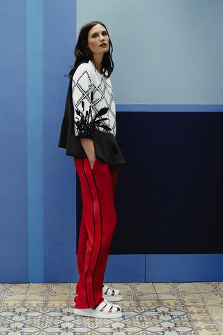 Preen by Thornton Bregazzi Resort 2015 Collection Slideshow on Style.com