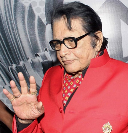 Veteran actor Manoj Kumar will be awarded with the