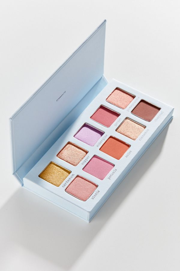 ohii Treasure Shadow Palette in 2020 Makeup geek