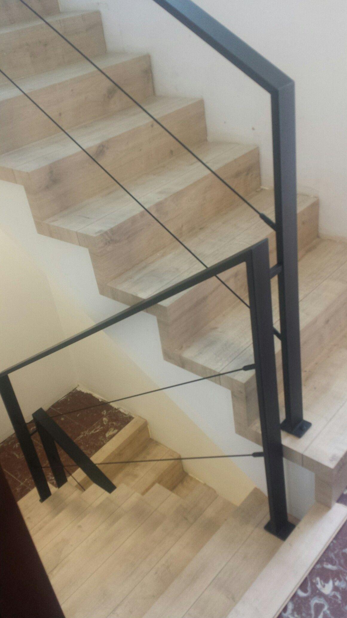 Barandilla escalera dise o industrial barandillas for Escaleras 7 peldanos precio