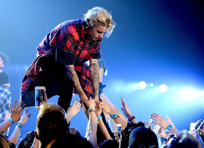 I Am A 20 Year Old Belieber And I Am Not Ashamed Justin Bieber