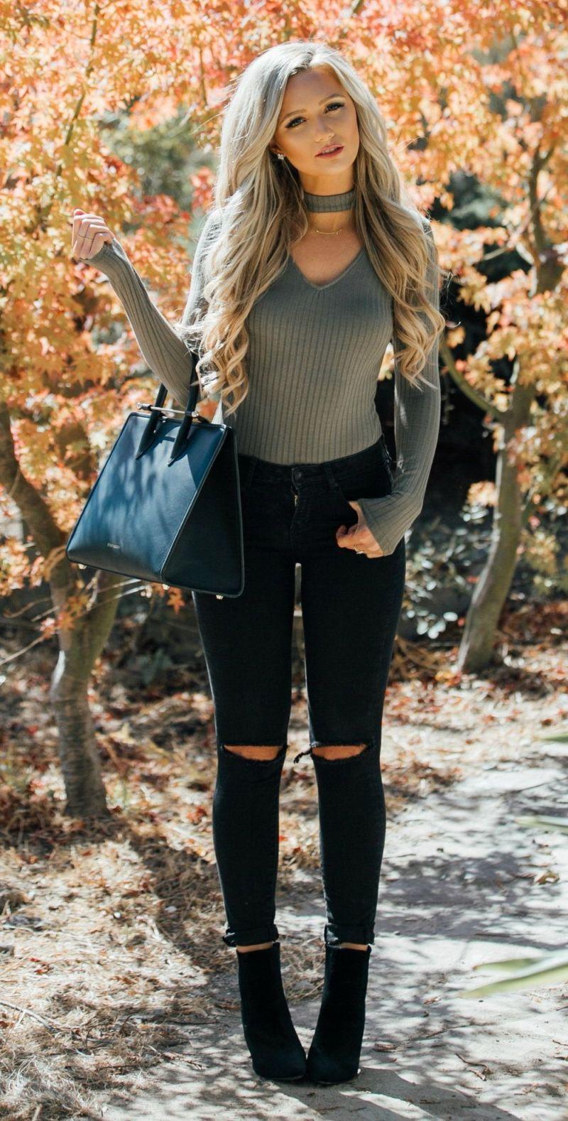 7af317617269 30+ Winter Date Night Outfits   Fashion   Blusa con choker, Ideas de ...