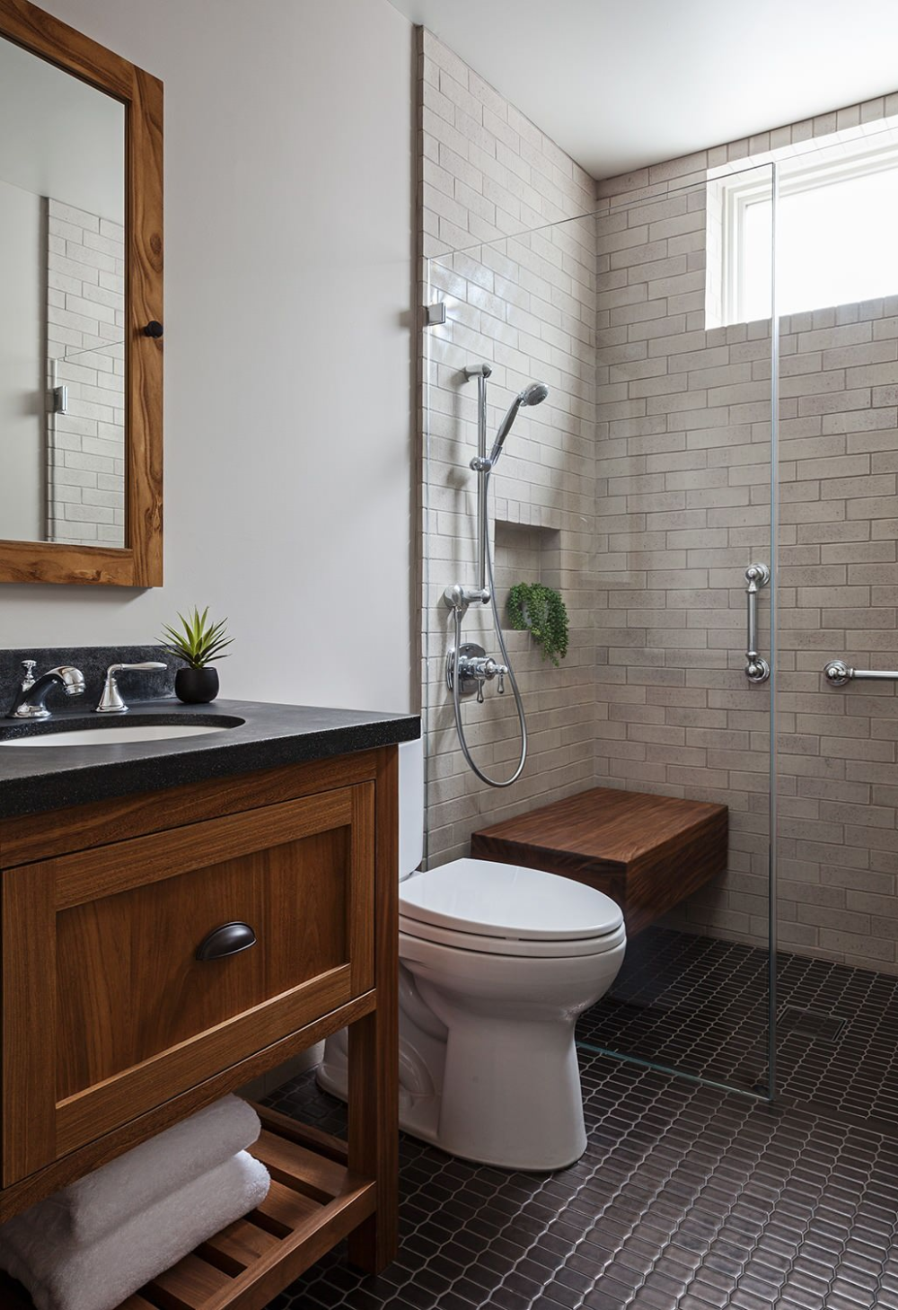 Modern Craftsman Craftsman Bathroom San Francisco By Sogno Design Group In 2020 With Images Craftsman Bathroom Diy Bathroom Remodel Bathrooms Remodel