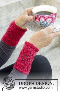 Photo of Urlaubspläne – Gestrickte Handgelenkstulpen zu Weihnachten aus DROPS BabyAlpaca-Seide mit Lochmuster. – Kostenloses Muster von DROPS Design