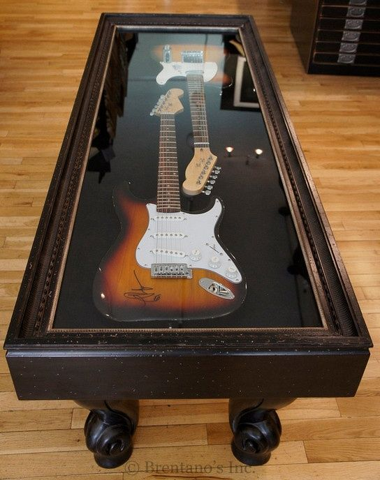 Guitar Case Coffee Table Display Functionality Rolled In One Meubles De Musique Table Basse Originale Salle De Guitare