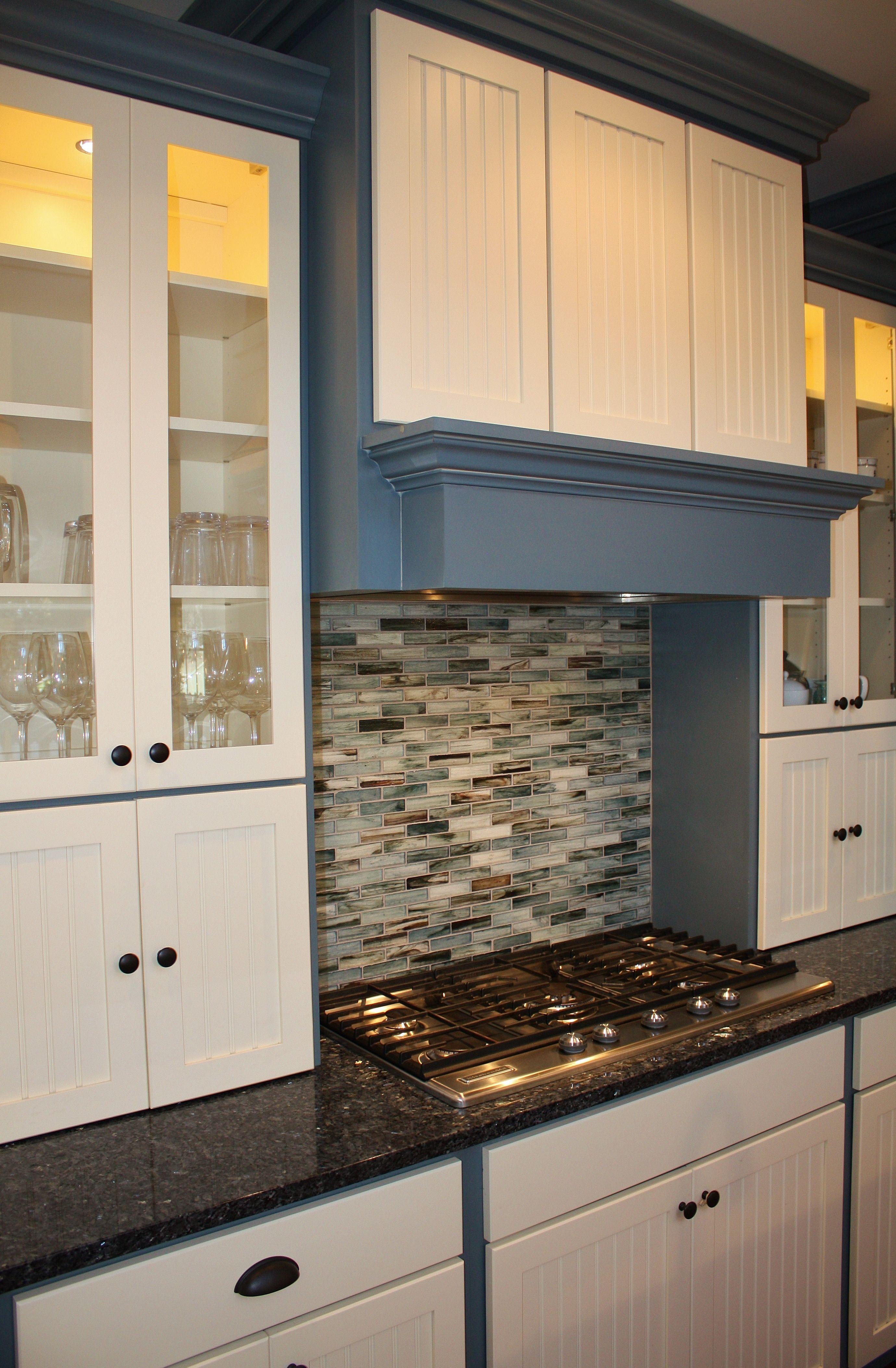 Holiday Kitchen cabinets, Cambria Quartz countertops, new build ...