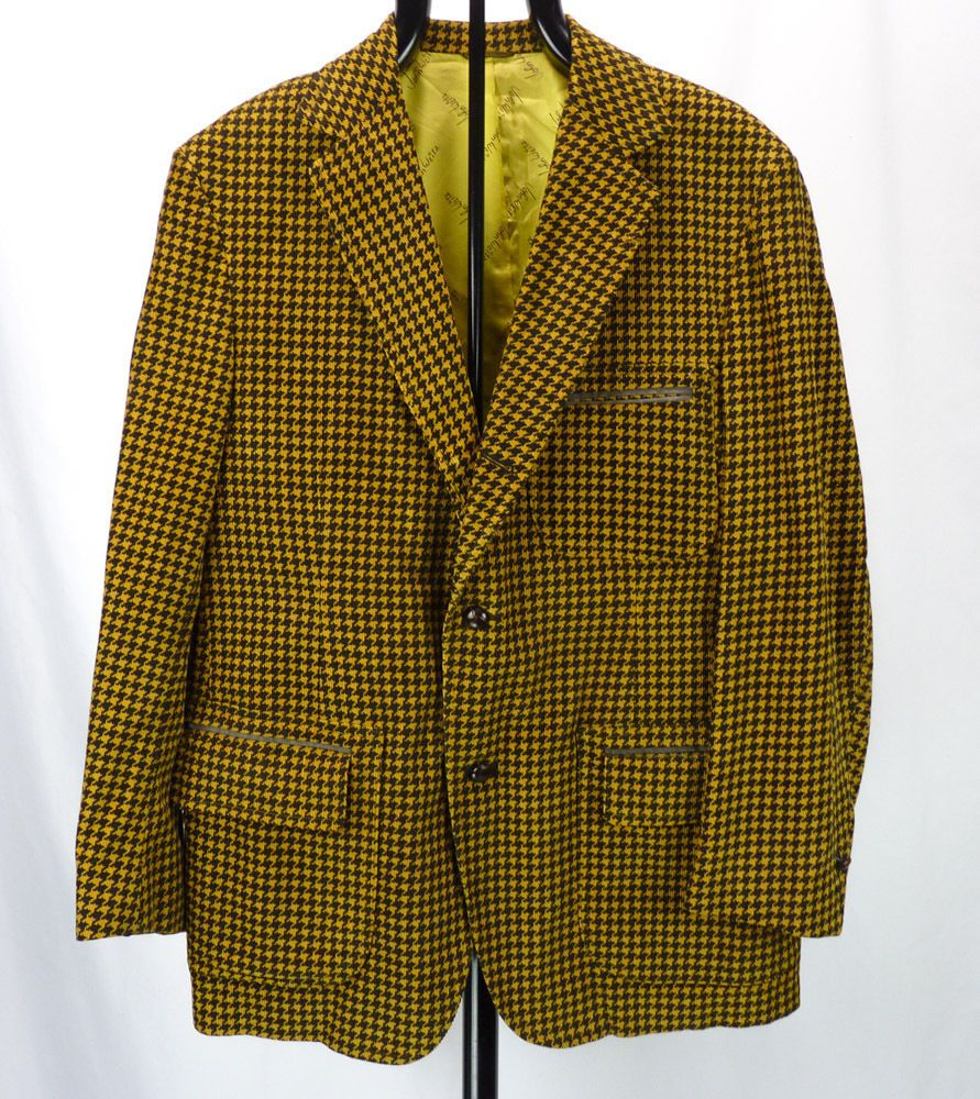 1970s Vintage Houndstooth Wide Collared Men's Sports Knit by Izod S9uulHRzT
