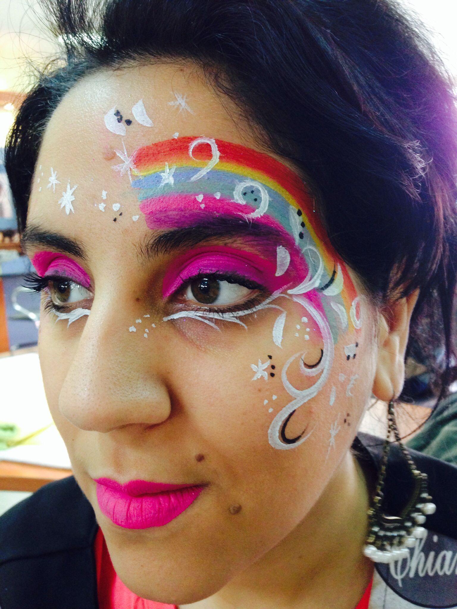 Maquillaje infantil arco iris | Maquillaje artístico ...
