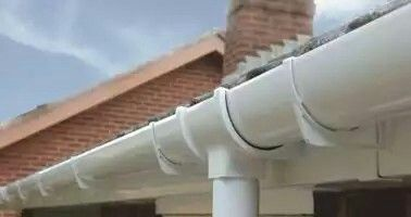 Efficient High Capacity Upvc Guttering And Downpipes For All Residential Properties Diy Gutters Pvc Gutters House Gutters