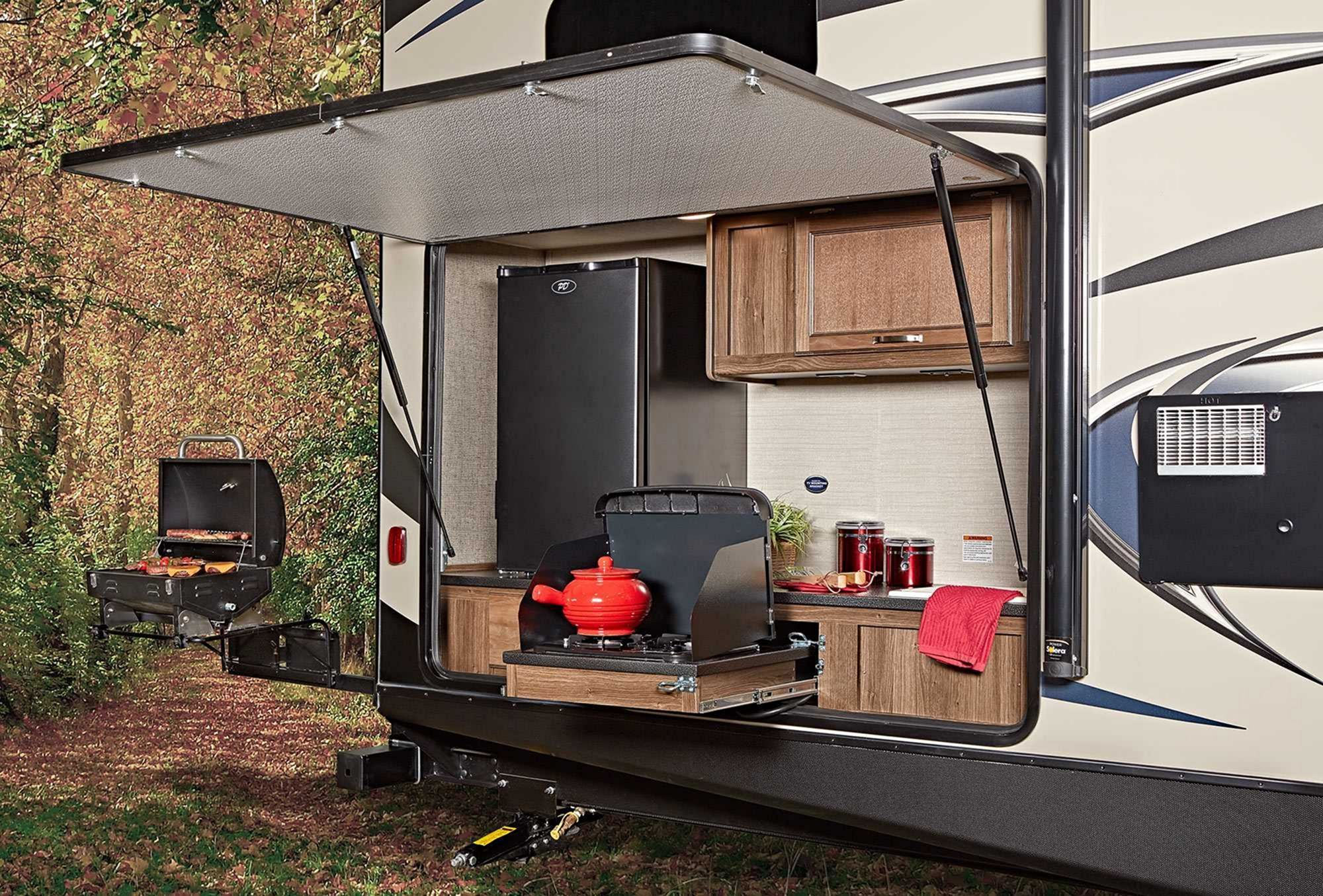 33 Comfortable Rv Camper Outdoor Kitchen Ideas For Cozy Outdoor Cooking Ideas Outdoor Kitchen Bunkhouse Travel Trailer Outdoor Cooking Spaces