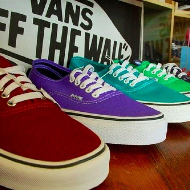 VANS of the wall ❤!! I want Vans sooo badly !