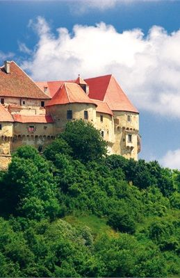 Croatia   Croatian National Tourist Board. Travel, tourism and tourist information - en-GB