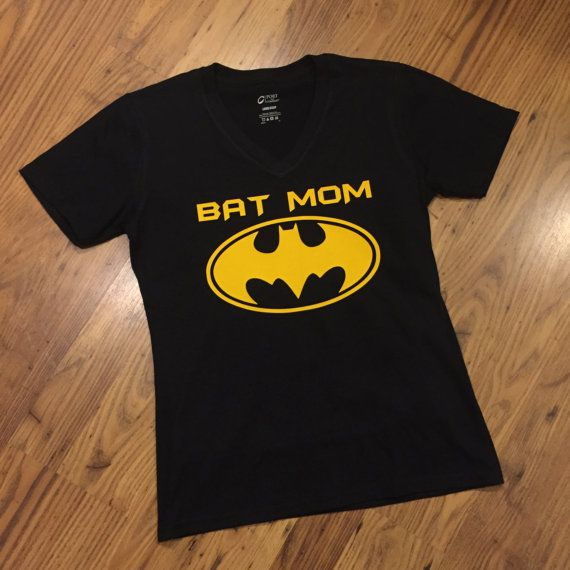f8ce2c4a Bat Mom T-Shirt BatMom Tee Super Hero Mother Mommy Perfect for ...