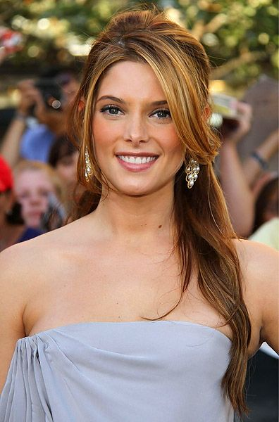 Great Hairstyles Half Up Down Prom Red Carpet Styles