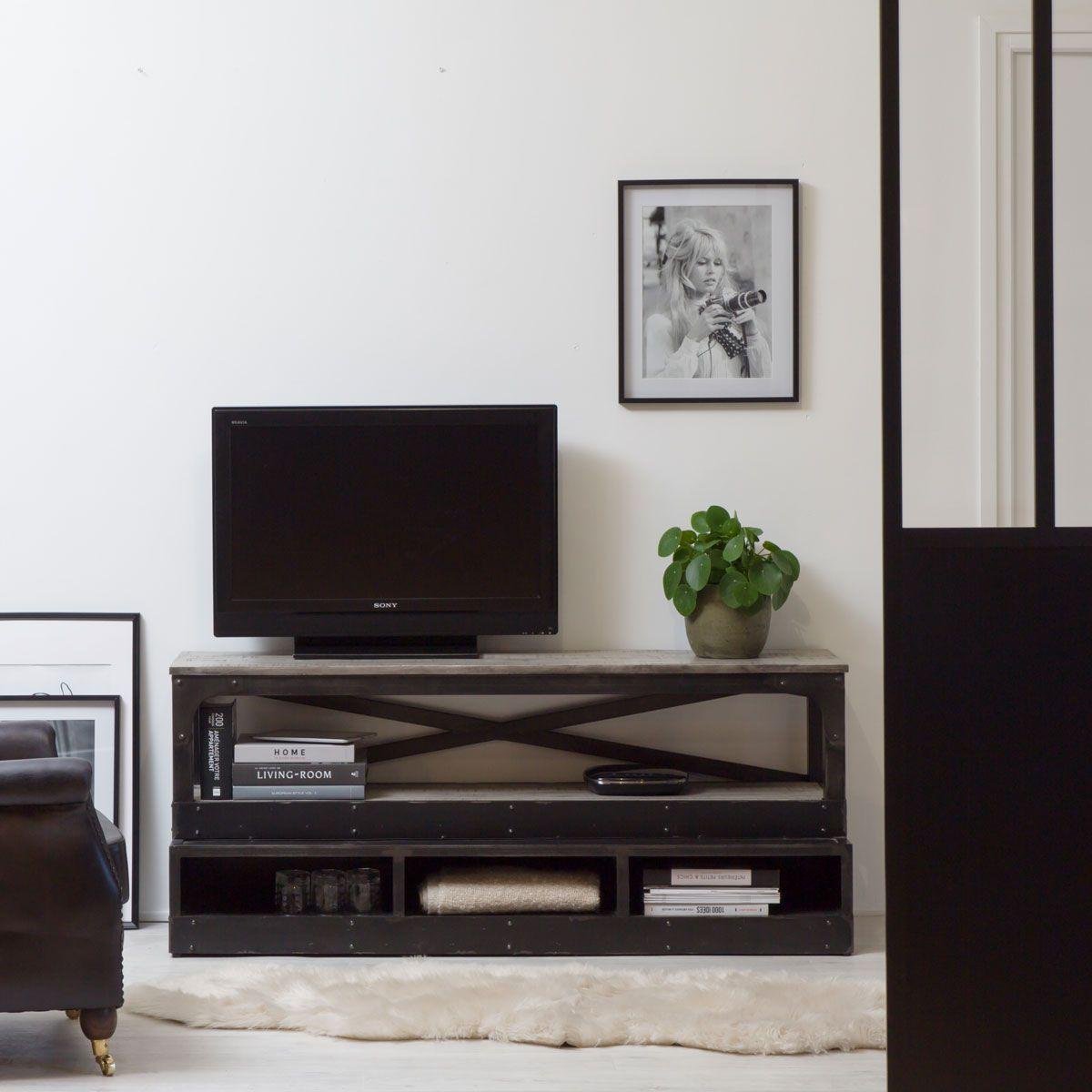 Meuble Tv Ouvert Escalier Manguier Et Metal En 2020 Meuble Tv Mobilier De Salon Meuble En Pin Massif