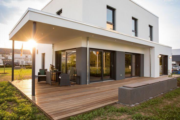 Modernes Dach der Terrasse Modernes Haus Außenansicht der modernen Terrasse …   – Modern house design