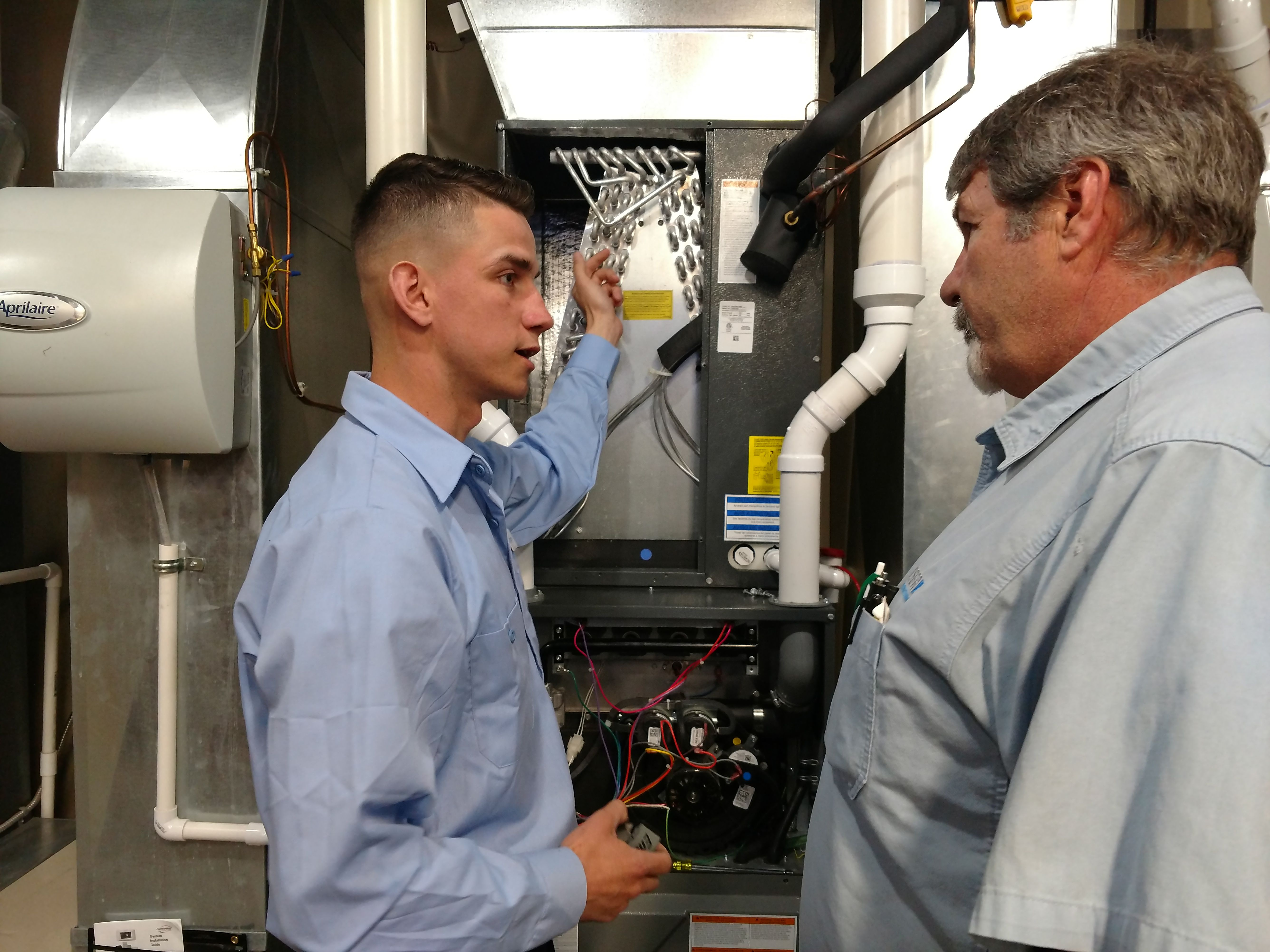 We Take Great Pride In Keeping Our Comfort Specialists Trained In The Most Up To Date Hvac Technologies Aire Serv Your G Ac Repair Services Ac Repair Lansing