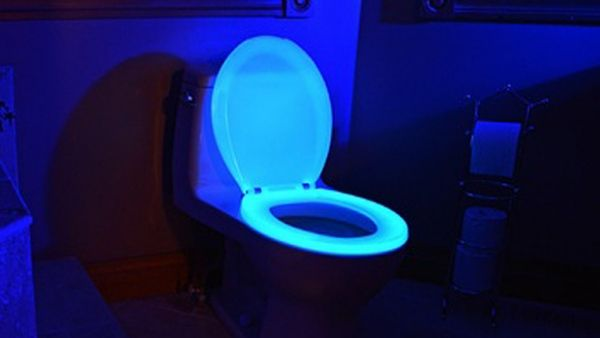 Glow In The Dark Toilet Seat Helps You Stay On Target Toilet