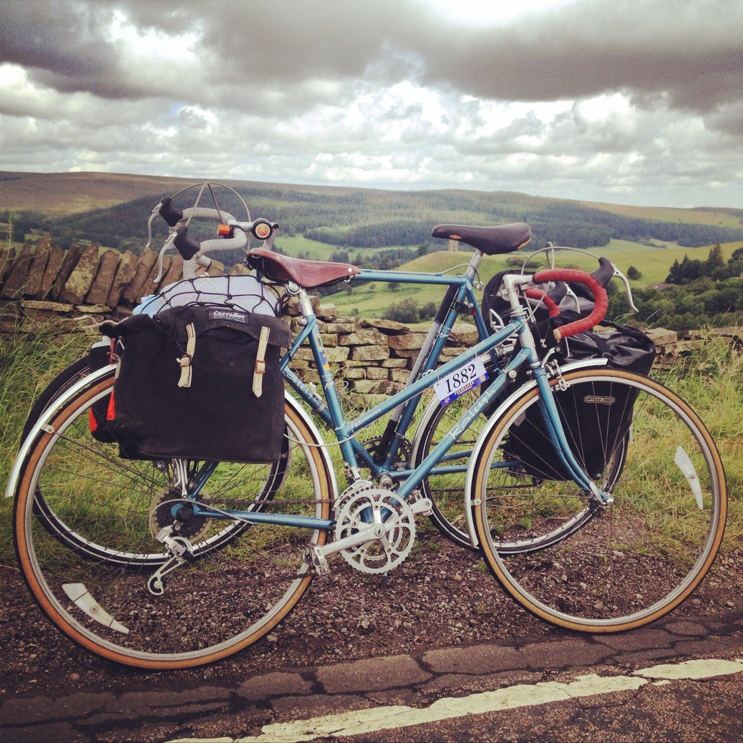 Hire A Matching His And Hers Raleigh Zenith For A Romantic Journey Of Discovery Glorydays Cc British Steel Vintage Bicycles Vintage Bikes