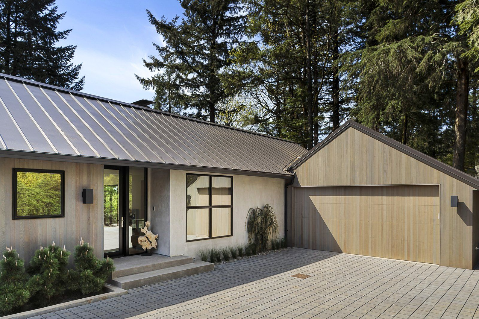 Exterior Concrete Siding Material Metal Roof Material House Building Type And Wood Siding Material Photo 339 Of 3 Roof Architecture Architecture House Roof