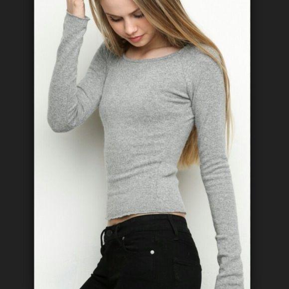Brandy Melville Archana Knit sweater Like new condition Brandy Melville Sweaters Crew & Scoop Necks