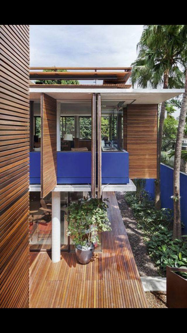 lindas esquadrias em madeira arch daily pinterest maison bois architecture et bungalow. Black Bedroom Furniture Sets. Home Design Ideas
