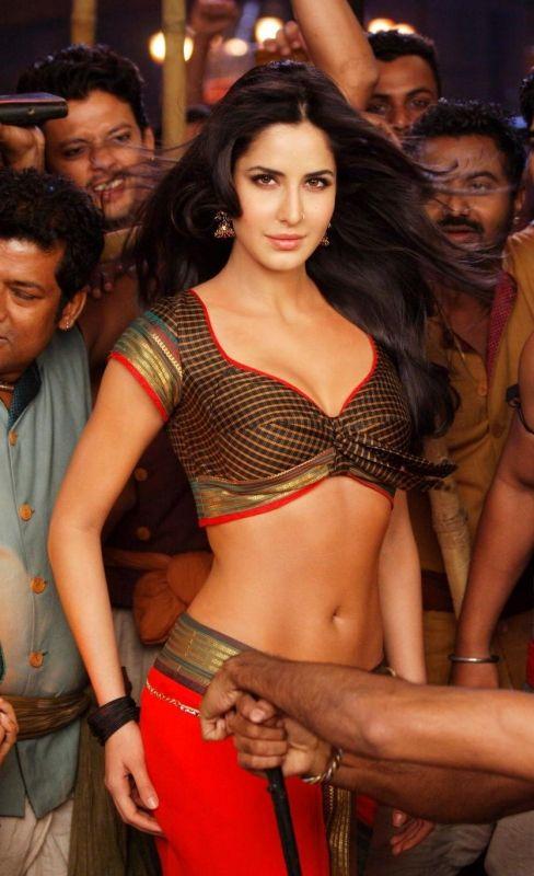 Katrina Hot Looks Chikni Chameli | Bollywood Actress