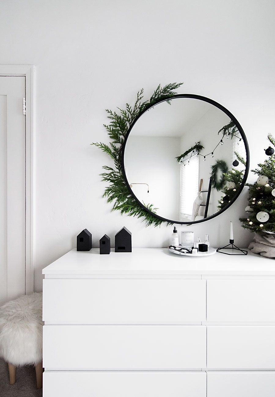 Christmas in the Bedroom Vol. 2 - Homey Oh My #christmasdecor #christmas #decor #apartment