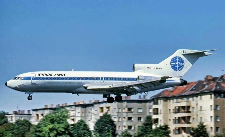 Berlin Or Thf In May 1975 Pan Am 727 N360pa Aka Jet Clipper Berliner Weisse On Approach For Lan Flughafen Berlin Tempelhof Berlin Tempelhof Berlin Geschichte