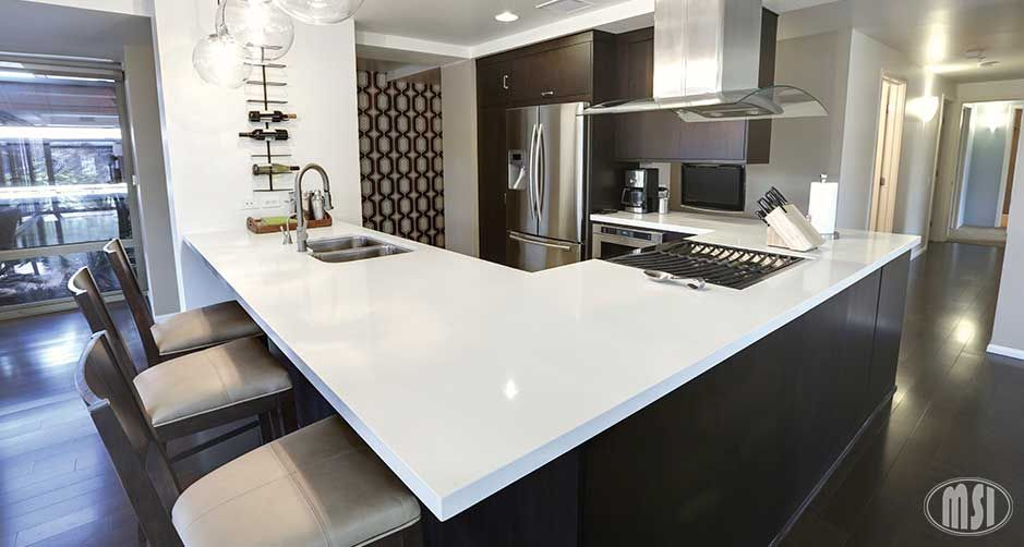 Kitchen Room Scene Arctic White Quartz Countertop Luxury