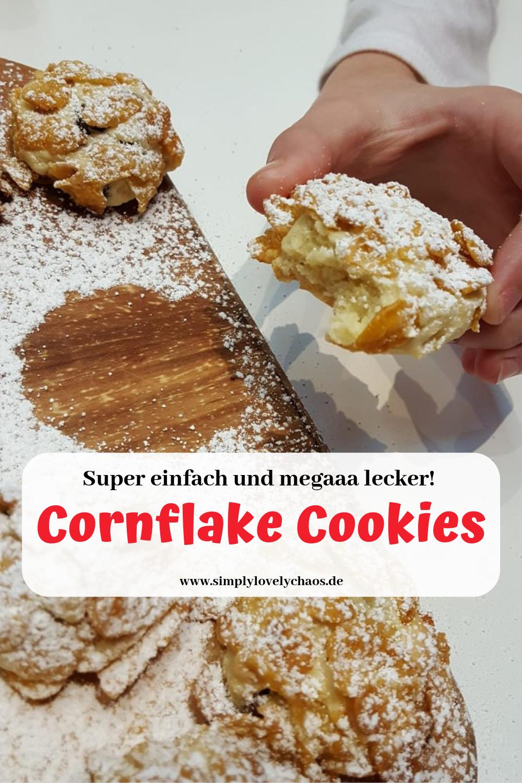 Rezept für weiche Kekse mit Schokoladenstückchen und einer knusprigen Panade aus Cornflakes. Kekse backen mit Kindern.