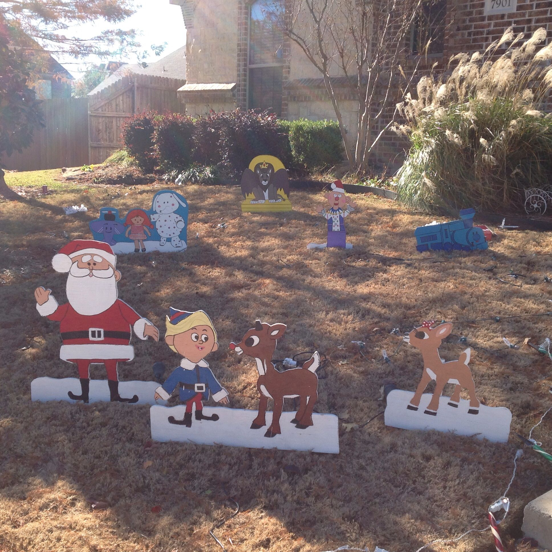 rudolph and the misfit toys christmas yard art outdoor christmas decorations the misfits