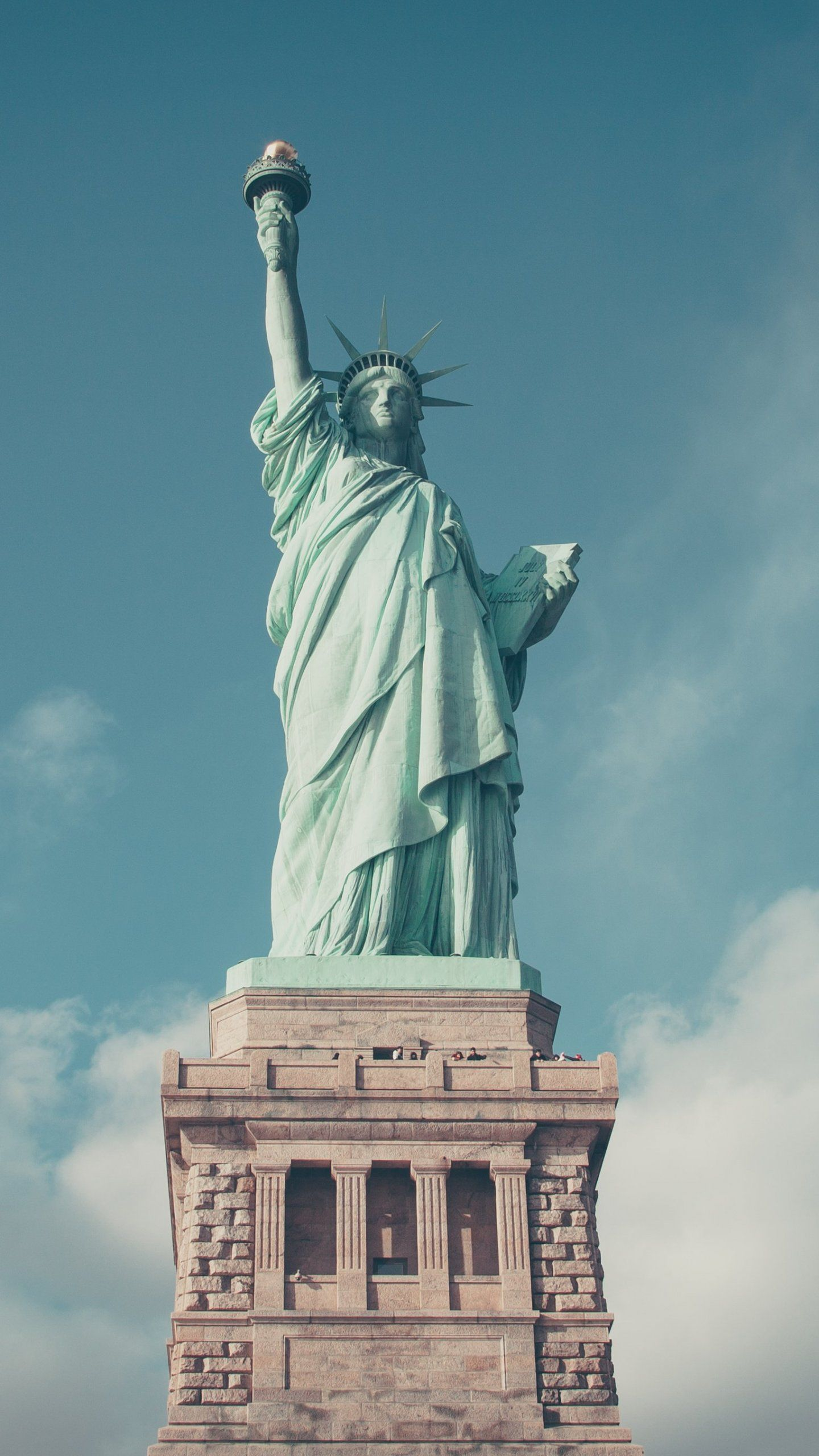 Statue Of Liberty IPhone Mobile Wallpaper