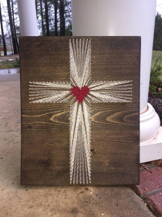 Christian Cross String Art #stringart #diy #stringartideas #decorhomeideas