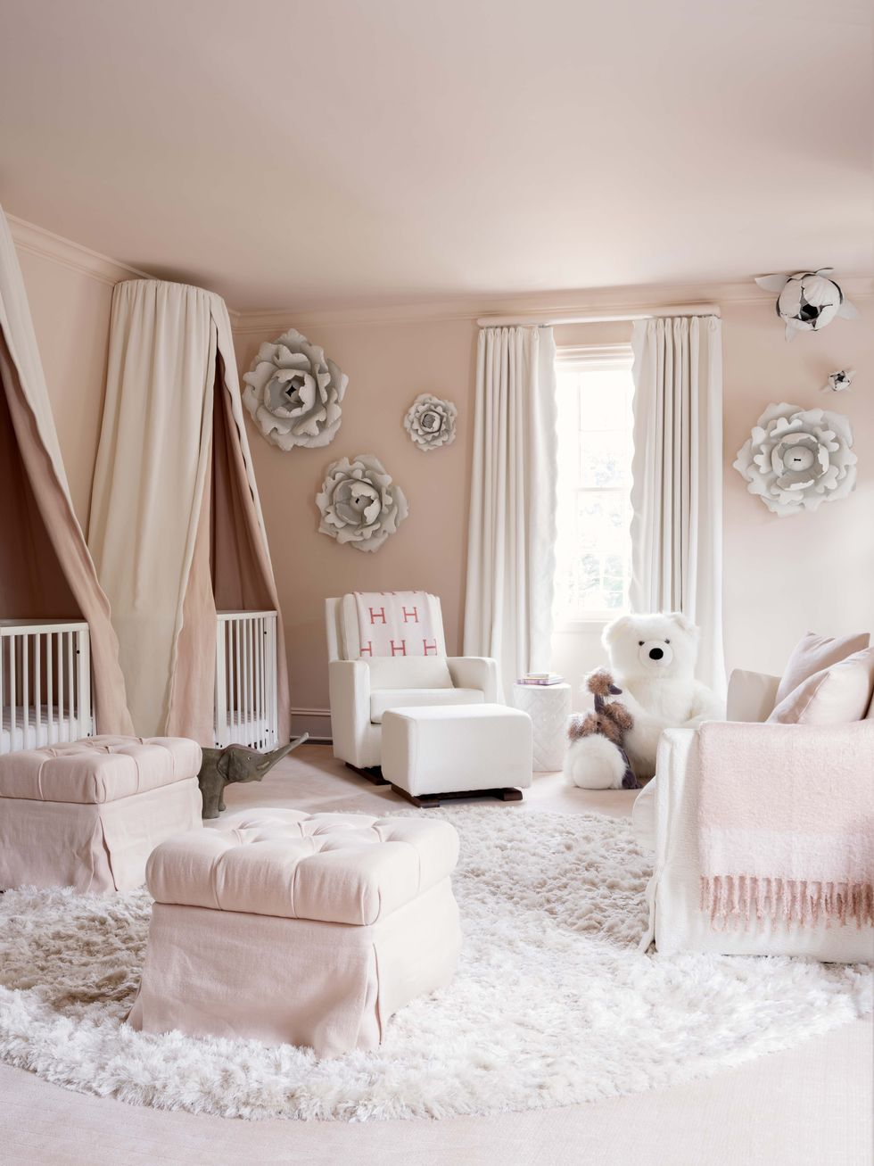 10 Lovely Pink Rooms That Channel Benjamin Moore's 2020