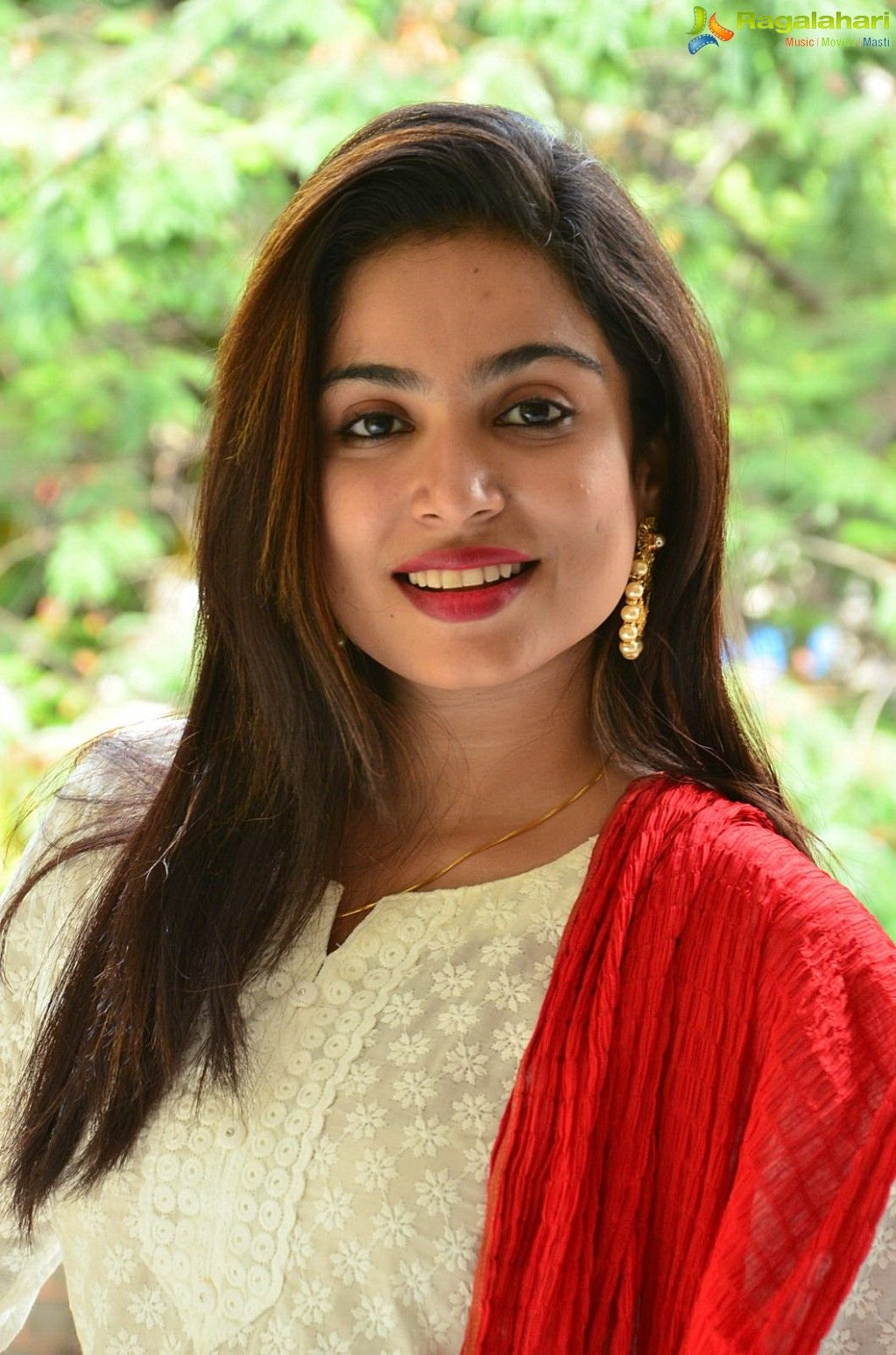 Vrushali Gosavi Image 4 Telugu Heroines Wallpapers Images Photos Pictures Hd Wallpapers Photo Actresses Girl Number For Friendship