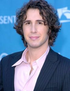Best Curly Hairstyles Of Famous Actors Josh Groban Celebrity