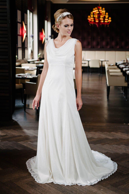Das ist Rosalie, das Hochzeitskleid Wasserfall mit wundervoller ...