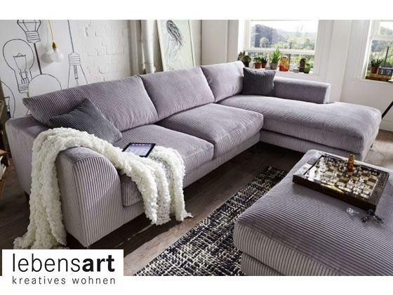 Das Sofa Reno besticht durch eine gemütliche, lose Polsterung und ...