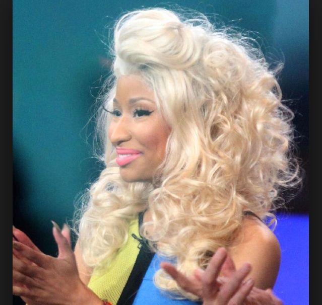 Blonde Curly Hair Weave Nicki Minaj Hair Pinterest Blonde