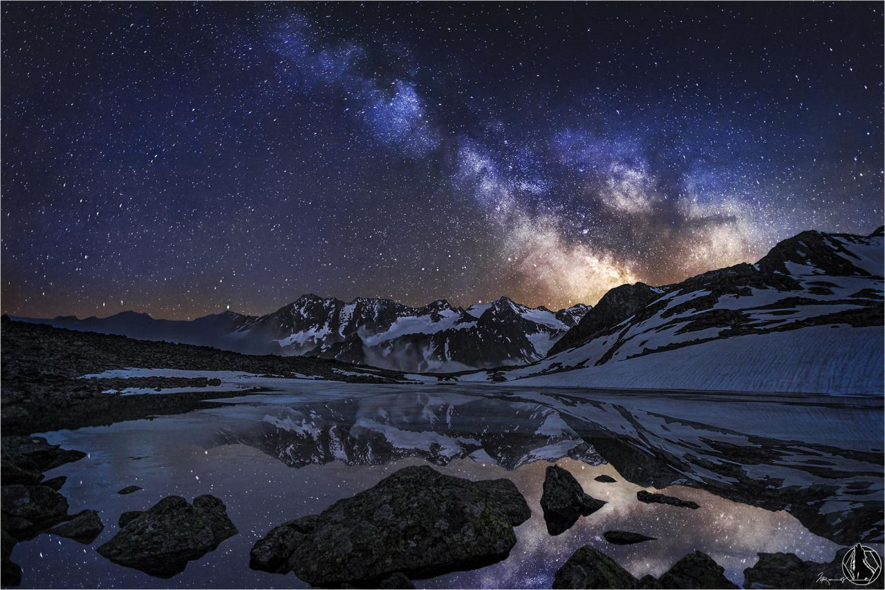 """spaceexp: """"Lake Rinnensee at night with Milkyway. photo by Nicholas Roemmelt """""""